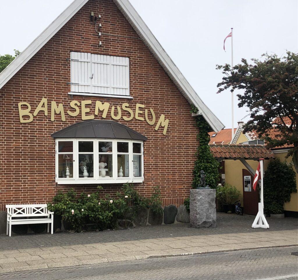 Smykker på Bamsemuseet i Skagen